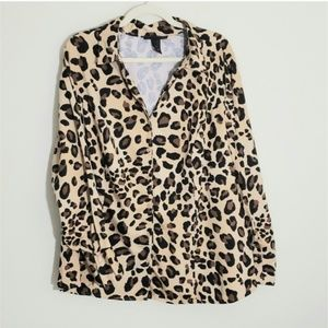 Lane Bryant button down top Sz 26. Leopard Print